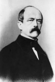 Bismarck : « L'empereur est une grande incapacité méconnue. »