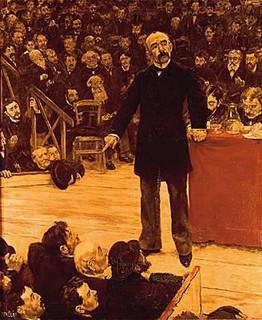 Clemenceau : « Gloire aux pays où l'on parle, honte aux pays où l'on se tait. »