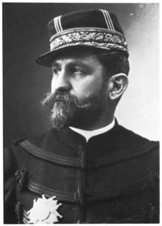 Clemenceau : « La popularité du général Boulanger est venue trop tôt à quelqu'un qui aimait trop le bruit. »