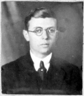 """Sartre : « nos jeunes gens s'intitulaient """"génération de l'entre-deux-guerres"""" quatre ans avant l'accord de Munich. »"""