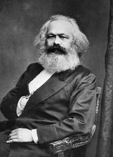 Marx et Engels : « Puissent les classes dirigeantes trembler à l'idée d'une révolution communiste ! »