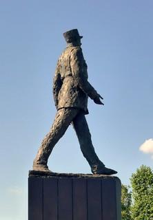 Pompidou : « Le général de Gaulle est mort. La France est veuve. »